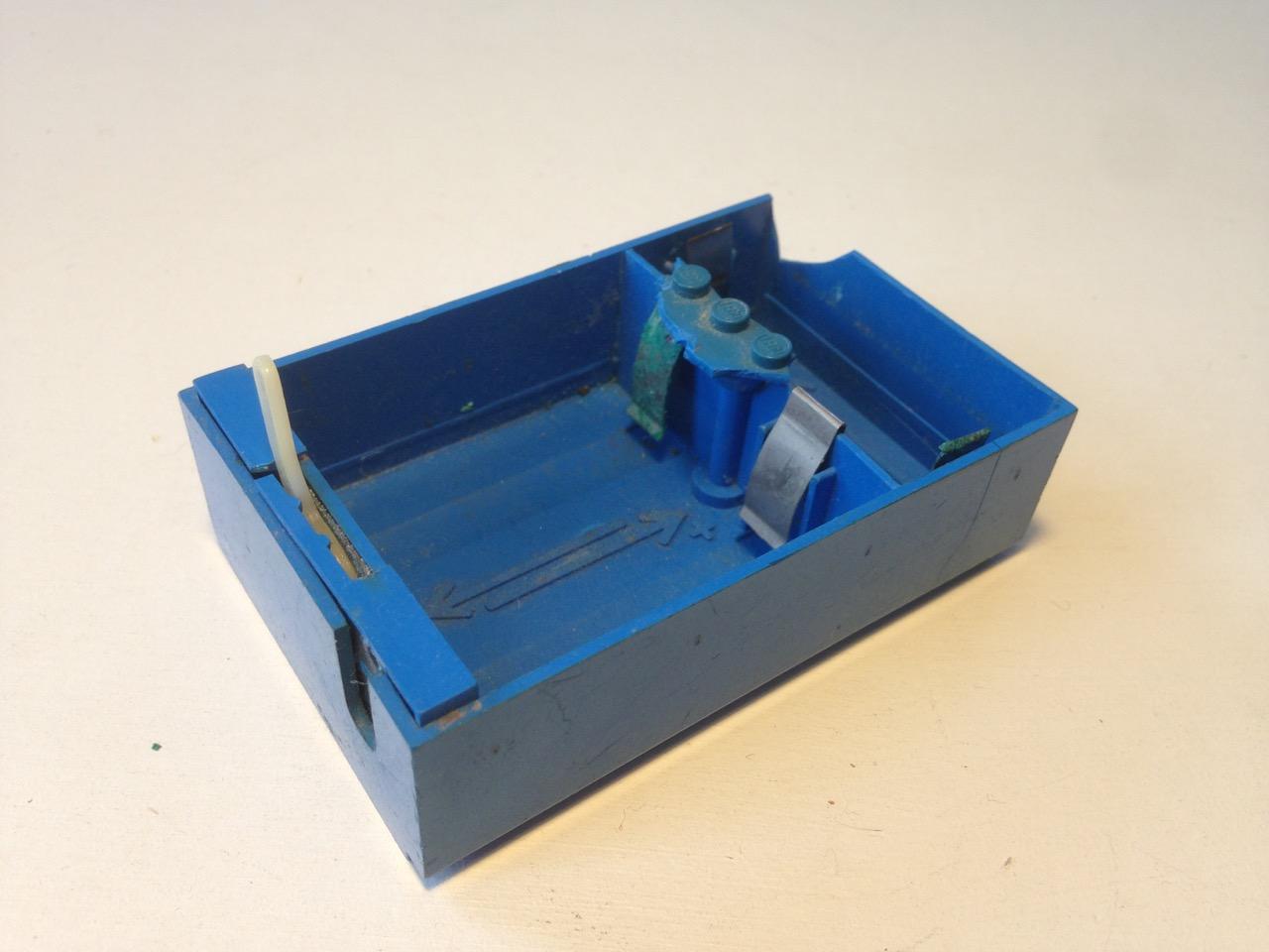 LE007 LEGO BATTERY BOXES