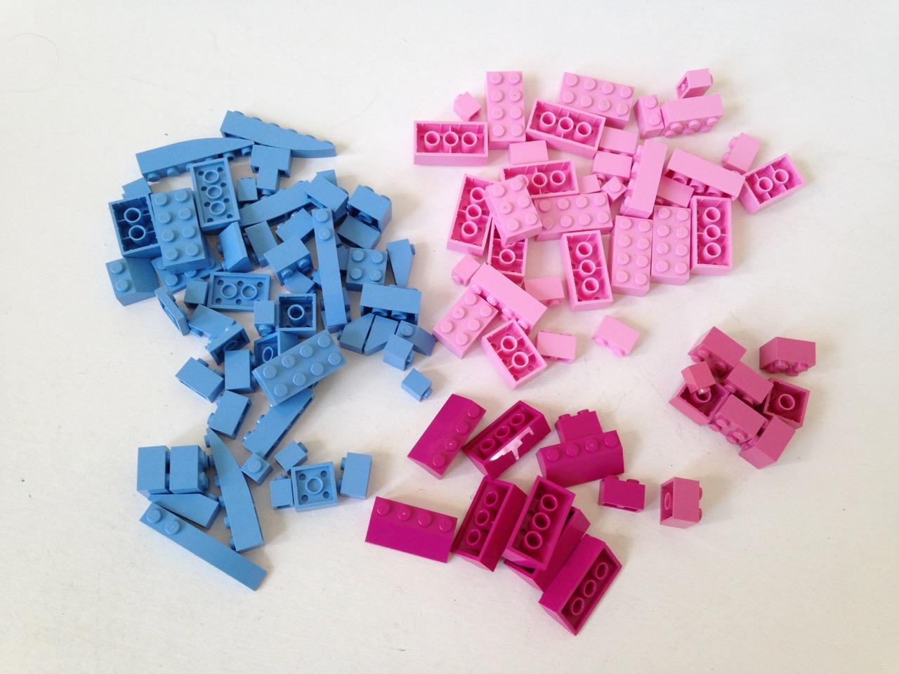 LE023 LEGO BRICKS, SLOPES & PLATES RARE COLOURS 116 PCS.