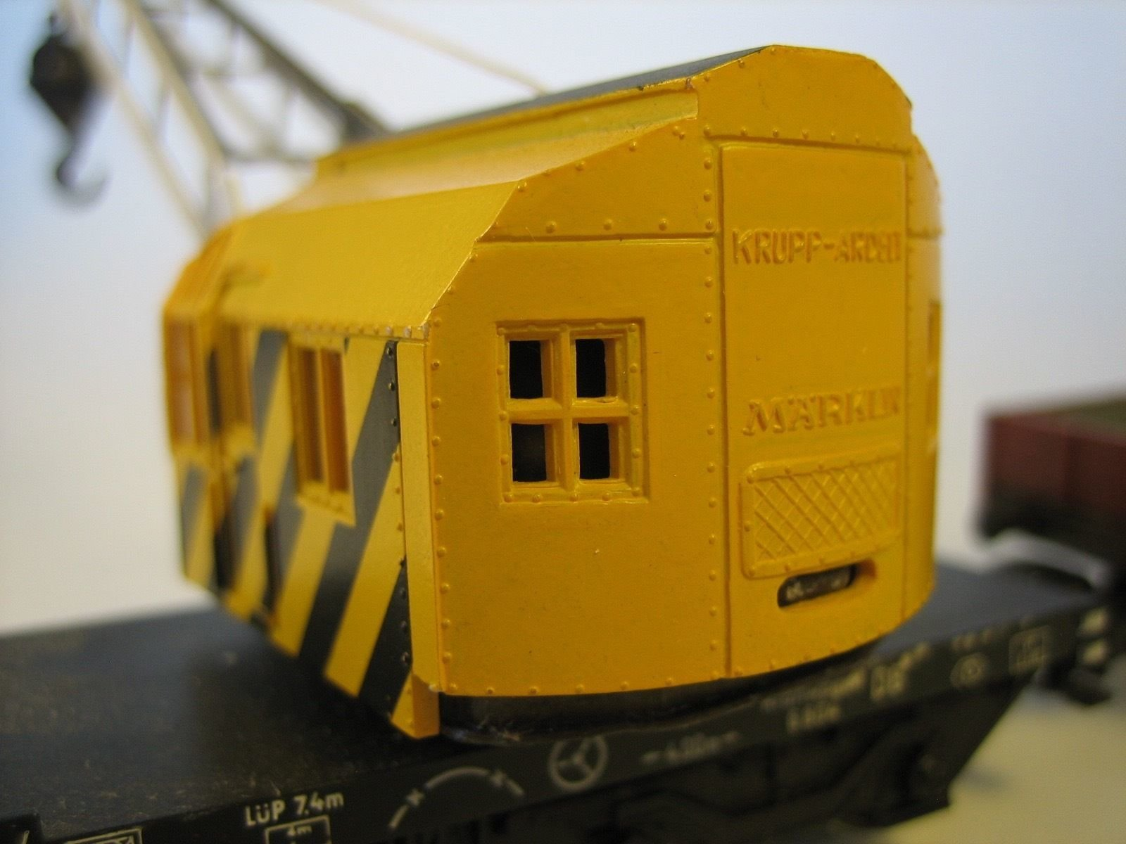 MA503 MÄRKLIN 4611.7 + 4503.4 RAILWAY CRANE AND WAGON